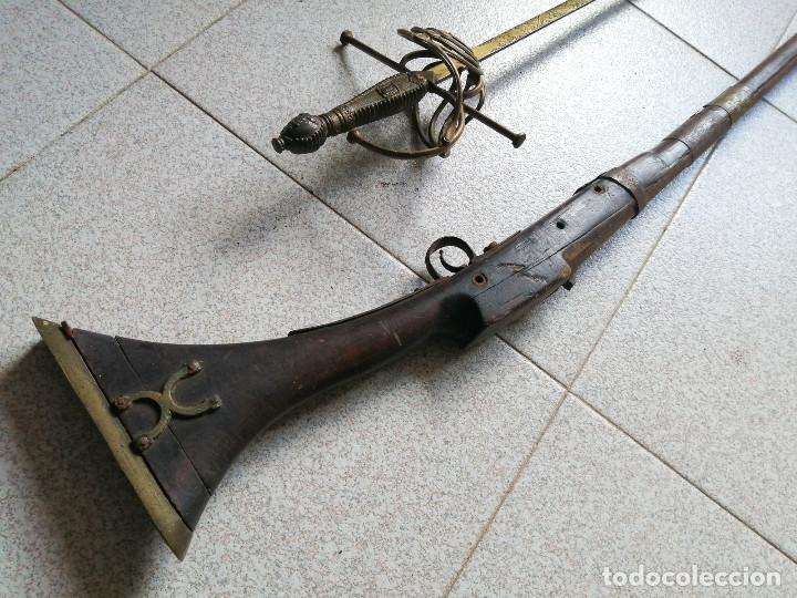 LIQUIDACIÓN: ESCOPETA ESPINGARDA DE CHISPA + ESPADA ROPERA , (Militar - Armas de Fuego de Avancarga y Complementos)