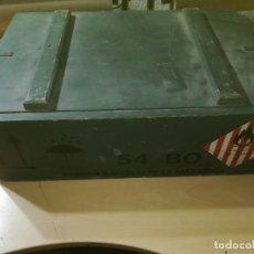 Militaria: CAJA MADERA VACIA MUNICION 54BO -- 55X38X19 CM BUEN ETSTADO VER FOTOS. Lote 247734995