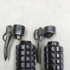 Militaria: 2 GRANADAS DE MANO CILINDRICAS REPUBLICANAS, INERTES. Lote 254456800