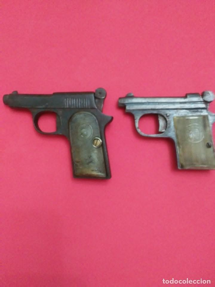 Militaria: Dos antiguas pistolas espantaperros - Foto 2 - 255332555