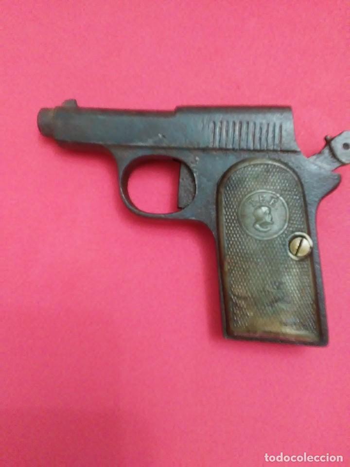 Militaria: Dos antiguas pistolas espantaperros - Foto 4 - 255332555