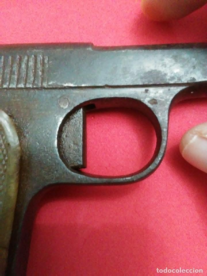 Militaria: Dos antiguas pistolas espantaperros - Foto 11 - 255332555