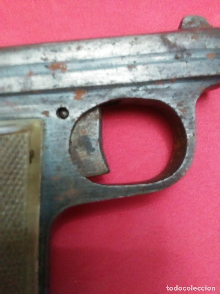 Militaria: Dos antiguas pistolas espantaperros - Foto 23 - 255332555