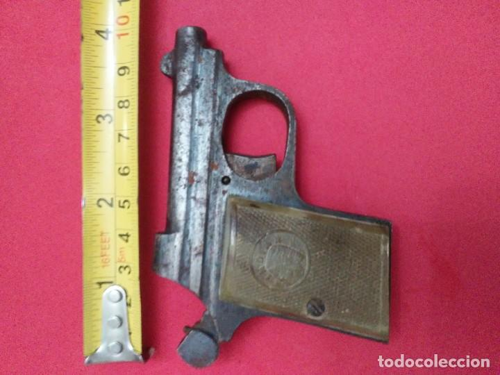Militaria: Dos antiguas pistolas espantaperros - Foto 25 - 255332555