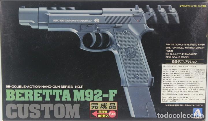MAQUETA PISTOLA DE BOLAS BERETTA M92-F, REF. Nº 11 - G-1200, 1/1, AOSHIMA (Militar - Réplicas de Armas de Fuego y CO2 )