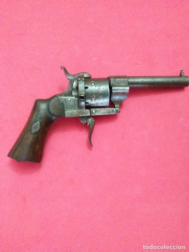 PEQUEÑO REVOLVER LEFAUCHEUX (Militar - Armas de Fuego Inutilizadas)