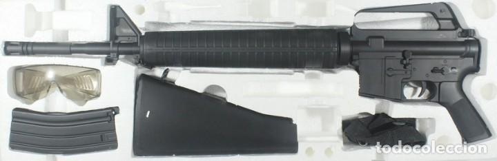 Militaria: M-16 A2, de plástico, Well air pistol series, escala 1/1 - Foto 2 - 262813060
