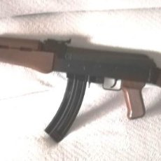 Militaria: ESCOPETA CALIBRE 22 ADLER AP 80 REPLICA AK 47. Lote 263266195