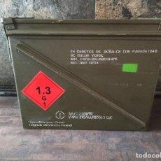Militaria: CAJA DE MUNICIÓN MILITAR GRAN TAMAÑO VACÍA. Lote 265923758