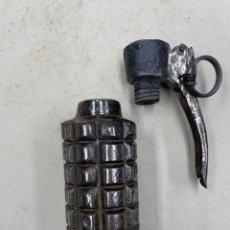 Militaria: GRANADA DE MANO CILINDRICA REPUBLICANA, INERTE. Lote 274020778