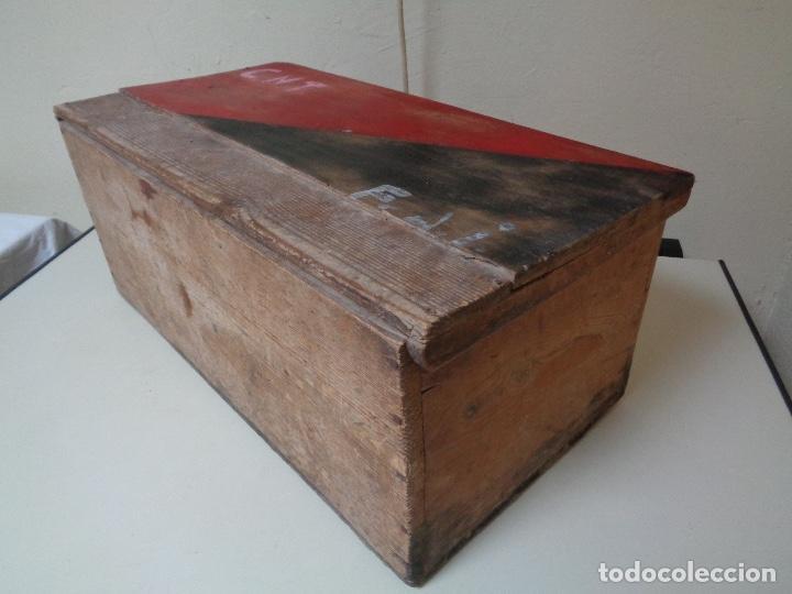 Militaria: caja o baúl utilizado por CNT para transporte municiones frente Aragon - Foto 4 - 278556218