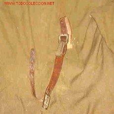 Militaria: PORTASABLE CUERO MARRON. Lote 17413217
