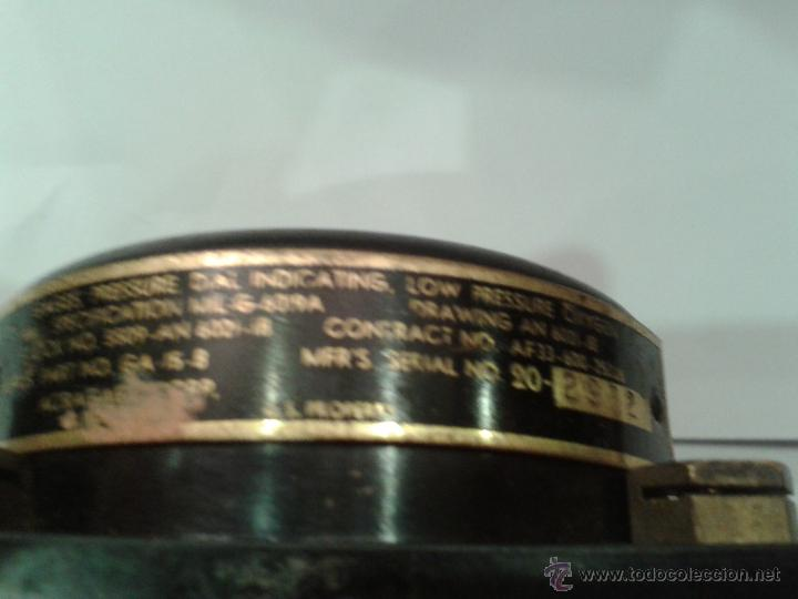 Militaria: RELOJ DE AVION DE COMBATE TEXAS T-5. CONTADOR DE PRESION. Nº SERIE 1832. FABRICACION MILITAR U.S.A. - Foto 3 - 44636623
