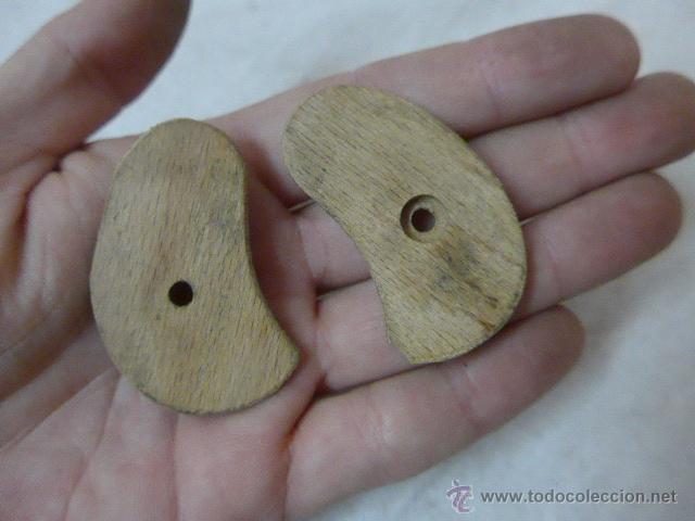 Militaria: Antiguas cachas de madera, originales, de pistola o revolver - Foto 2 - 53463216