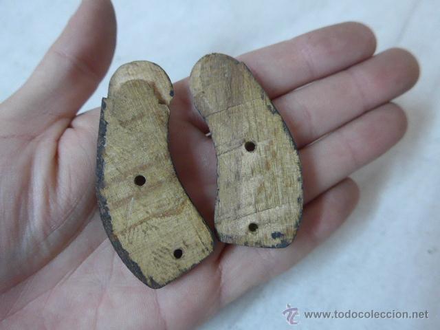 Militaria: Antiguas cachas de madera, originales, de pistola o revolver - Foto 2 - 53463274