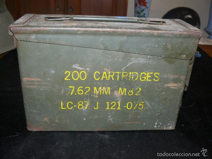 CAJA VACÍA DE MUNICIÓN DE 7,62, HERMÉTICA, AMERICANA (Militar - Otros Artículos Relacionados con Armas)