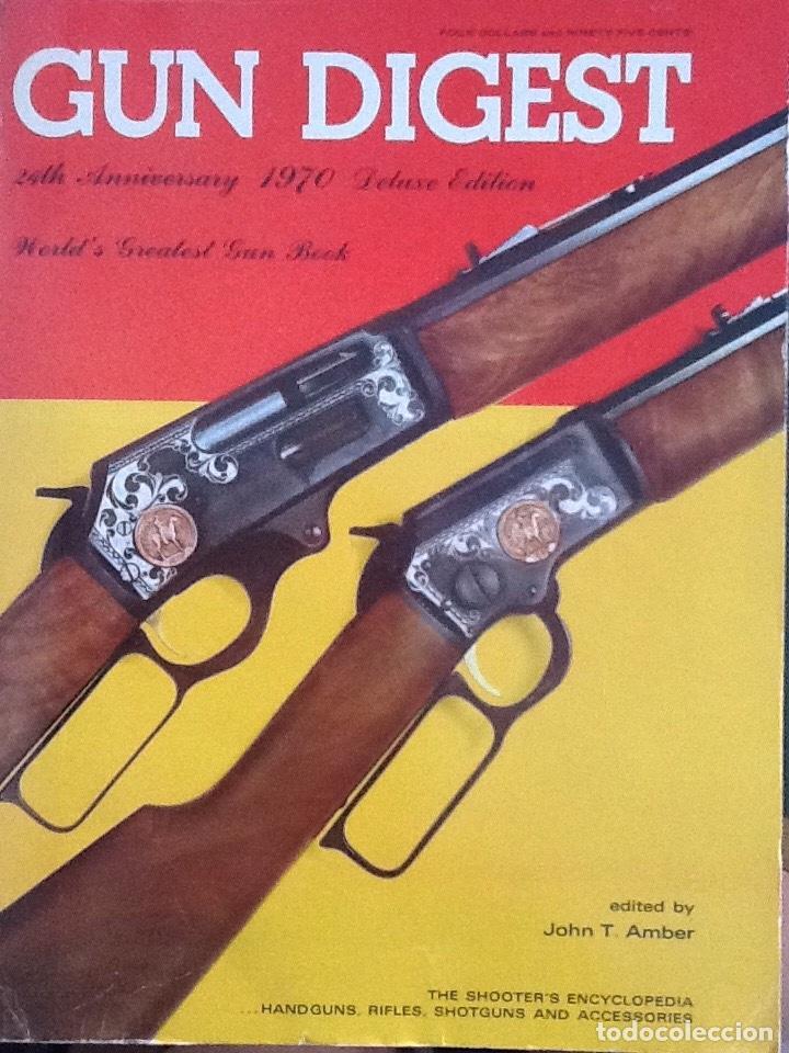 LOTE DE GUN DIGEST (1970-1974, 1981) + HANDGUN DIGEST + 2 MANUALES NRA INTERNATIONAL SHOOTING (Militar - Otros Artículos Relacionados con Armas)