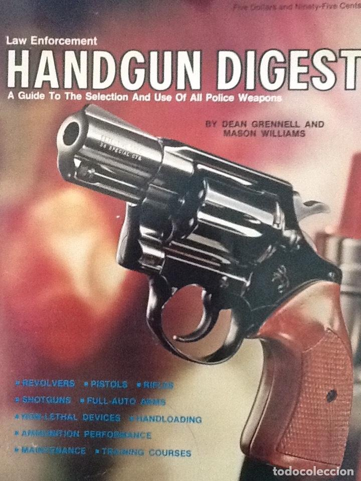 Militaria: Lote de Gun digest (1970-1974, 1981) + Handgun digest + 2 Manuales NRA International shooting - Foto 4 - 91111165