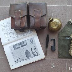 Militaria: KIT LIMPIEZA Y CARTUCHERAS MAUSER M-48. Lote 94491386