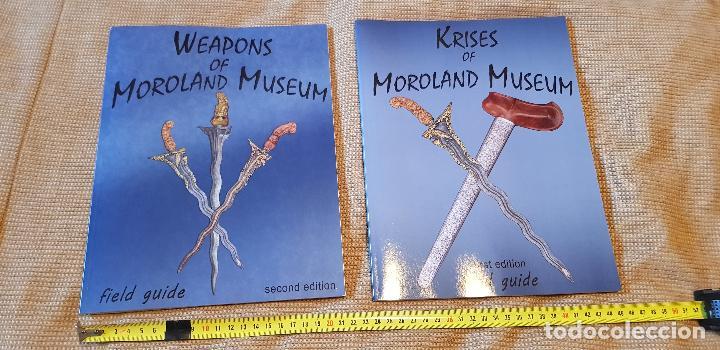 LOTE 2 LIBROS ARMAS BLANCAS FILIPINAS INDONESIA KRIS MOROLAND MUSEUM (Militar - Otros Artículos Relacionados con Armas)