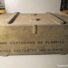 Militaria: CAJA DE MUNICIÓN VACÍA. Lote 143990958
