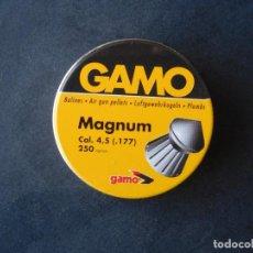 Militaria: CAJA BALINES GAMO MAGNUM CAL.4,5 MM,250 UNIDADES NUEVOS.-AÑOS 80-85.-. Lote 162777046