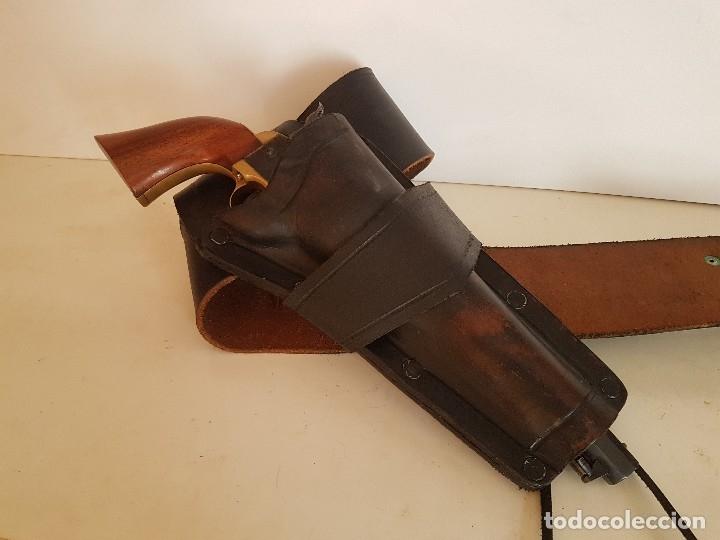 CINTURON PARA REVOLVER DEL OESTE TIPO COLT NAVY 1860 (Militar - Otros Artículos Relacionados con Armas)
