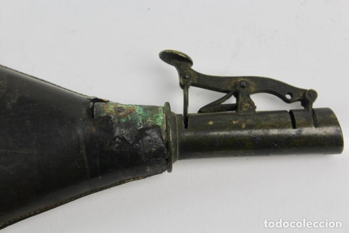 Militaria: PETACA DE PIEL PARA LA POLVORA. S.XIX. - Foto 4 - 189158273