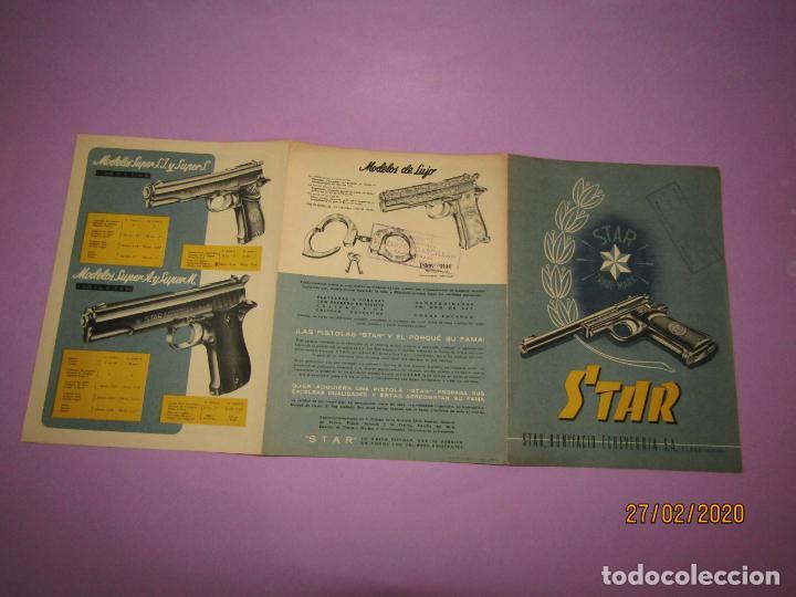 Militaria: Antiguo Catálogo Desplegable de Pistolas STAR de Bonifacio Echevarria S.A. de Eibar - Año 1952 - Foto 2 - 195498285