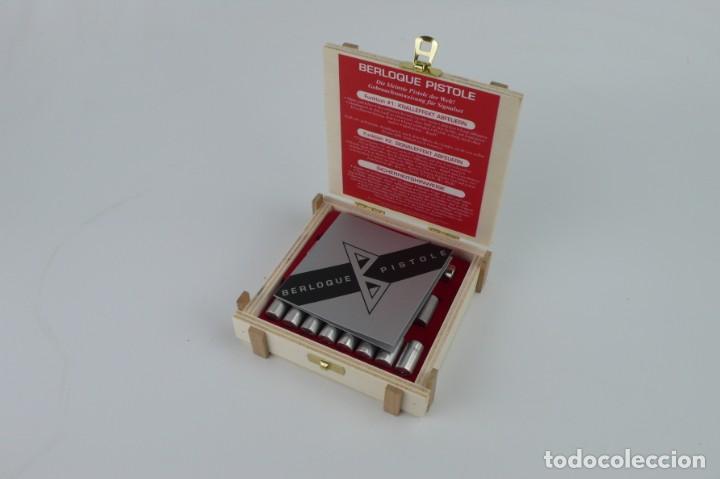 Militaria: Berloque Pistole - Mini pistola- En caja original-Made in Austria - Foto 2 - 208881928