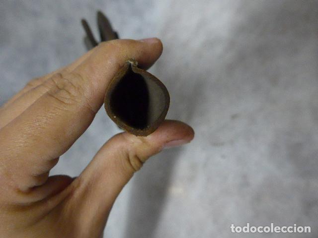 Militaria: Antigua funda de cuero de pistola o revolver, original, guerra civil o anterior guerra cuba - Foto 6 - 213659825