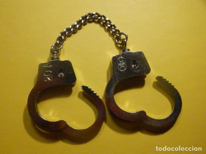Militaria: Juego mini esposas - Grilletes pequeños - No necesitan llave - 13,5 cm longitud - 20 mm muñecas - Foto 3 - 247015880