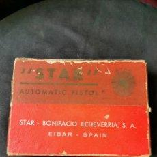 Militaria: CAJA DE PISTOLA STAR S. 9 CORTO. BONIFACIO ECHEVERRIA. EIBAR. AÑOS 40. Lote 268584839