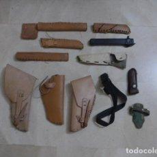 Militaria: * GRAN LOTE DE FUNDAS DE CUERO DE PISTOLA Y DE CUCHILLO, VER FOTOS. ZX. Lote 286805673