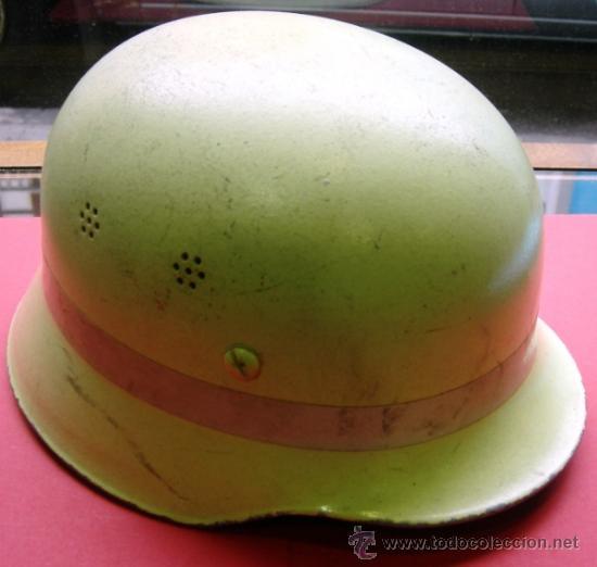 CASCO ORIGINAL DE BOMBEROS - ALEMANIA DEL OESTE - LUMINISCENTE - DIN 14940 (Militar - Cascos Militares )