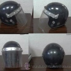 Militaria: CASCO ALEMAN DE ANTIDISTURBIOS, TALLA 57. Lote 31598908