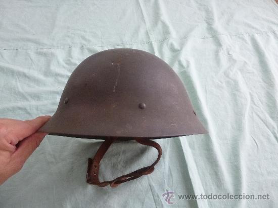 CASCO METAL SUECO MODELO 1921.COMPLETO DE INTERIOR Y BARBUQUEJO.. . (Militar - Cascos Militares )