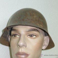 Militaria: ANTIGUO CASCO M26 CON EMBLEMA DE FALANGE 100% ORIGINAL, GUERRA CIVIL. Lote 41213909