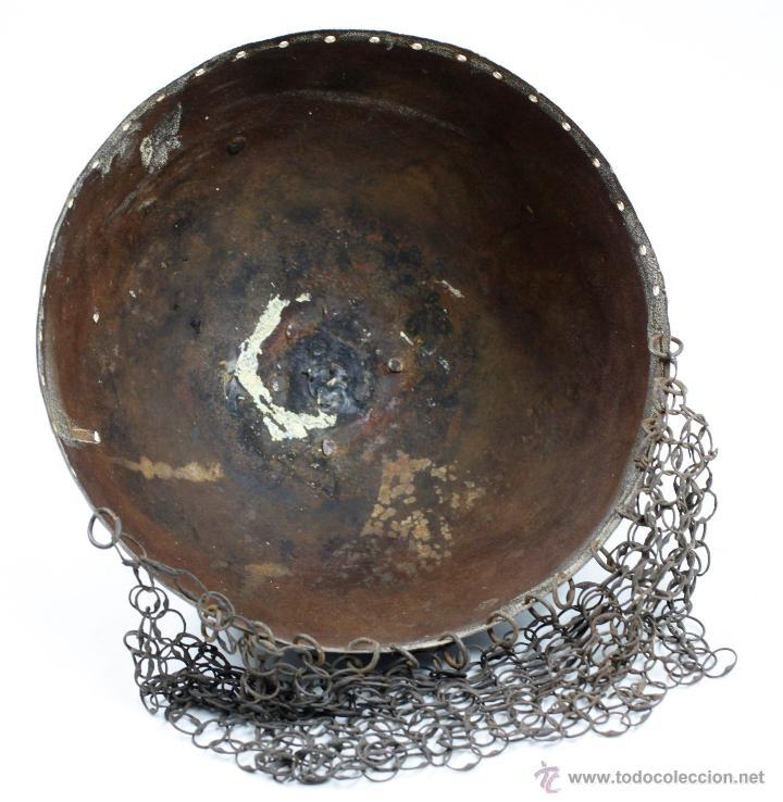 Militaria: curioso casco de Hierro, 20,6 cm de diámetro de base. Ver fotos anexas - Foto 3 - 53419891