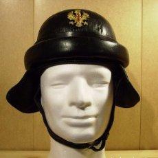Militaria: CASCO CARRISTA / TANQUISTA ESPAÑOL CUERO AÑOS 40. Lote 97767575