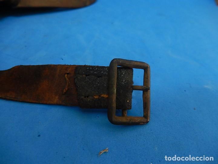 Militaria: Antiguo casco de bomberos. Metal y cuero. - Foto 44 - 128043851