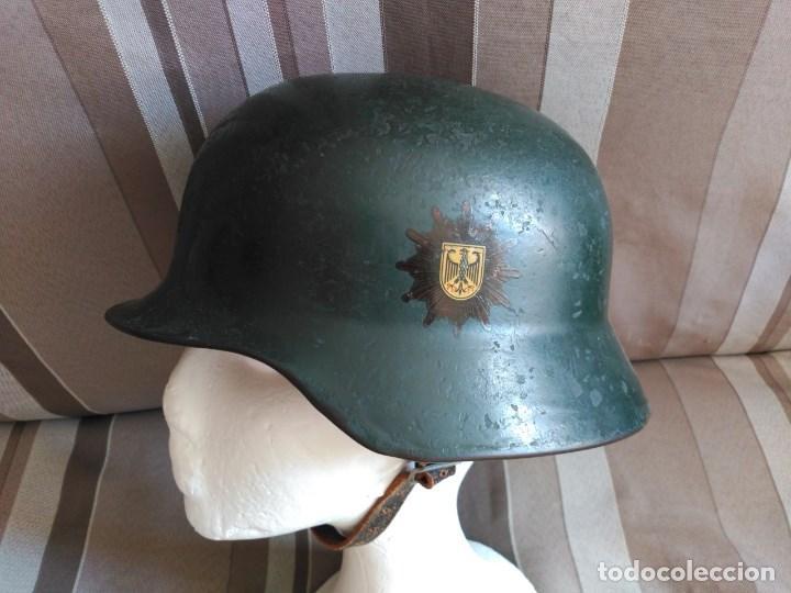 Militaria: CASCO ALEMÁN Mod. 35/53 DE LA BUNDESGRENSCHÜTZ (POLICÍA FEDERAL DE FRONTERAS). - Foto 2 - 128551339