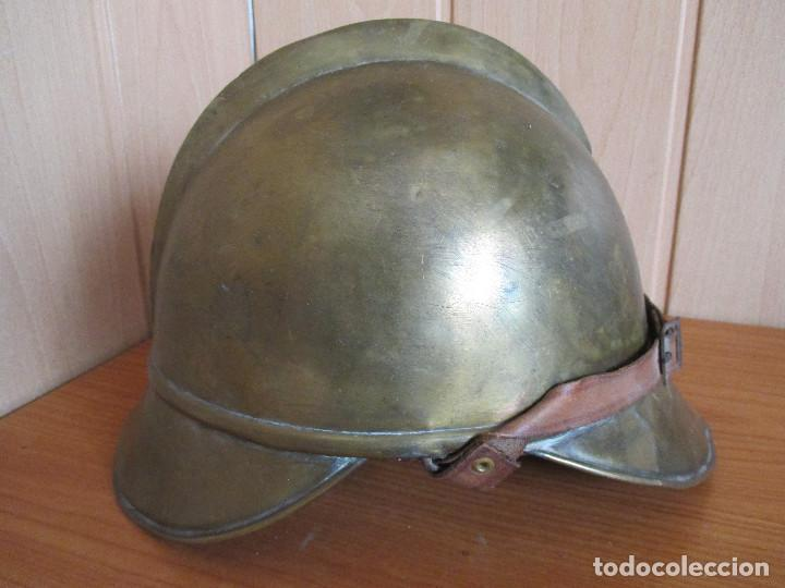 Militaria: CASCO ANTIGUO , DE PROCEDENCIA MILITAR O QUIZA DE BOMBERO YA QUE DESCONOZCO EXACTAMENTE EL MODELO - Foto 2 - 131285467