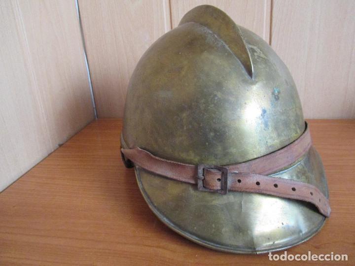 Militaria: CASCO ANTIGUO , DE PROCEDENCIA MILITAR O QUIZA DE BOMBERO YA QUE DESCONOZCO EXACTAMENTE EL MODELO - Foto 3 - 131285467