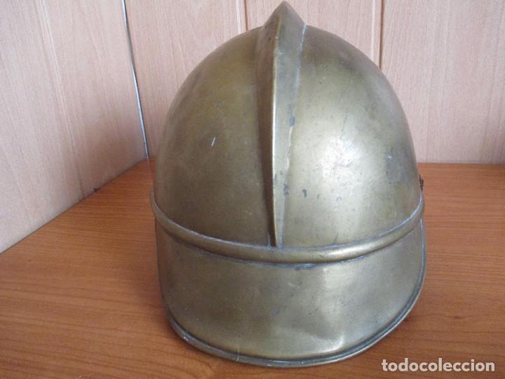 Militaria: CASCO ANTIGUO , DE PROCEDENCIA MILITAR O QUIZA DE BOMBERO YA QUE DESCONOZCO EXACTAMENTE EL MODELO - Foto 9 - 131285467