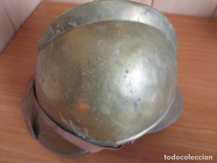 Militaria: CASCO ANTIGUO , DE PROCEDENCIA MILITAR O QUIZA DE BOMBERO YA QUE DESCONOZCO EXACTAMENTE EL MODELO - Foto 12 - 131285467