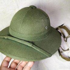 Militaria: VIETNAM SALACOT DEL EJÉRCITO DE TIERRA. VIETNAM NORTE...MODELO PAJA FORRADA 1940-50--ORIGINAL !!!. Lote 132311614