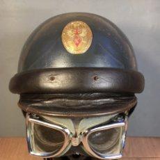 Militaria: PRIMER CASCO DE LA GUARDIA CIVIL DE TRÁFICO. Lote 137580718