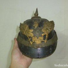 Militaria: ANTIGUO RARO CASCO PICKELHAUBE PARA HIJO DE OFICIAL, TIPO JUGUETE, ORIGINAL I GUERRA MUNDIAL . Lote 154048412