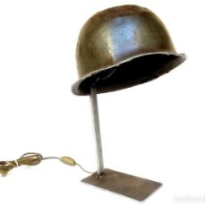 Militaria: LÁMPARA CASCO MILITAR. Lote 145617282